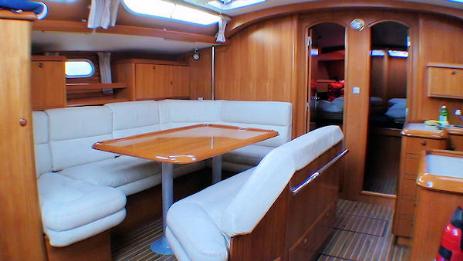 Jeanneau 52 2 sun odyssey 5 cabine vtc noleggio barche a for Cabine di giglio selvatico